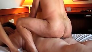 Cuckold Plumper Wife Gets Double Penetration Treatment