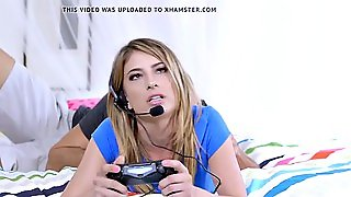 Brazzers - Brazzers Exxtra - My Stepsister The Gamer Scene S