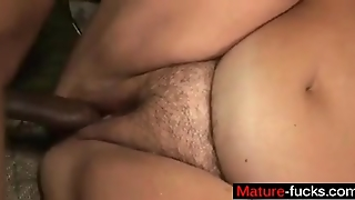 A Big Mature Woman Tries Anal - Mature-Fucks.com