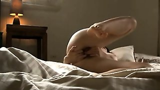 Long Haired Amateur Brunette Vibrator Masturbation