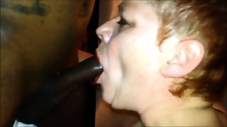 Mature Lady Enjoys Squirting And Anal With Bbc