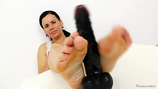 Check Out My Oiled Feet!