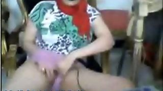 Arab Girl Hijab On Webcam