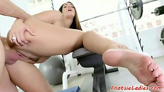 Foot Licked Bigass Babe Doggystyled Nicely