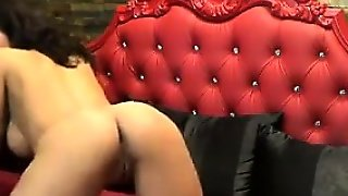Sexy European Mother On Cam