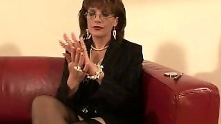 Mature Stocking Lady Sonia Foot Foreplay