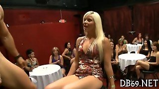 These Girls Loves Sucking Off Muscle Bound Male Strippers