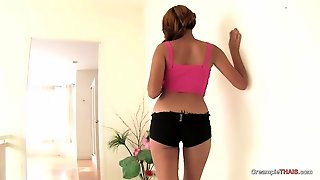 Creampie Accepted With Beautiful Thai Girl