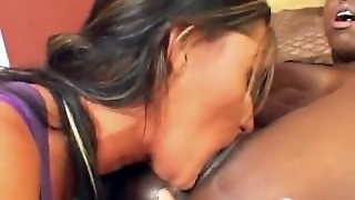 Lesbian Interracial Pussy Licking Squirt