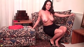 Brunette Mom With Saggy Tits Strips Naked