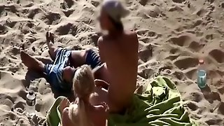 Big Cock Fuck In The Beach