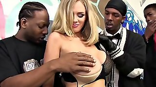 Katie Kox Gets Her Face By Black Men Anspritzen
