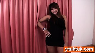 Thailand Chubby Prostitute Filmed By Her White Cock Costumer