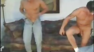 Cock Sucking Muscled Hunks