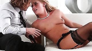 Blow Job From A Cock Hungry Babe
