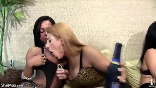 Horny Shemale Foursome Play With Their Shecocks