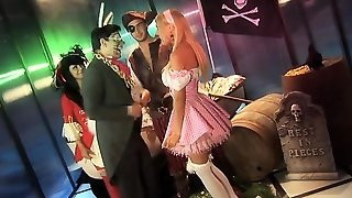 Alice Meets The Pirates For A Bang
