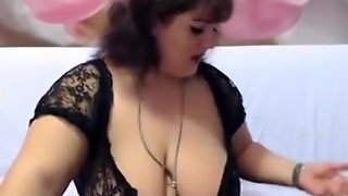 Cute Bbw Strips On A Webcam Show