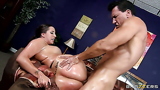 Marco Banderas Uses His Stiff Sausage To Bring Kelly Divine With Round Ass To The Height Of Pleasure