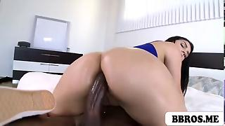 Valentina Nappi Gets Anal Ripped By A Monstercock
