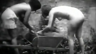 Petite Maids Washing Their Laundry (1910S Vintage)