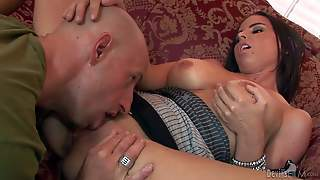 Hot And Arousing Housewife Brandy Aniston Enjoys In Meeting Her