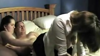 Amateurs Have A Wild Threesome