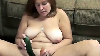 Liisa Is Stuffing Her Twat With A Cucumber