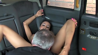 Youporn - Faketaxi Taxi Driver Gets Lucky Twice With Super Hot Babe (1)