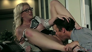 Sweet Samantha Rone Gets Her Pussy Licked And Fucked On A Desk