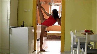 Flexible Brunette