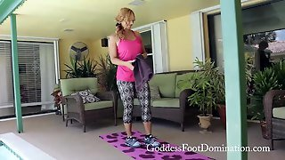 Pov Workout Foot Sniffing With Goddess Brianna