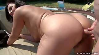 Nasty Mature Margo T Woman With Sexy Big Ass Takes