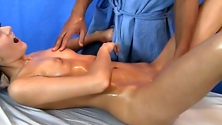 Massage With A Squirt And Blowjob